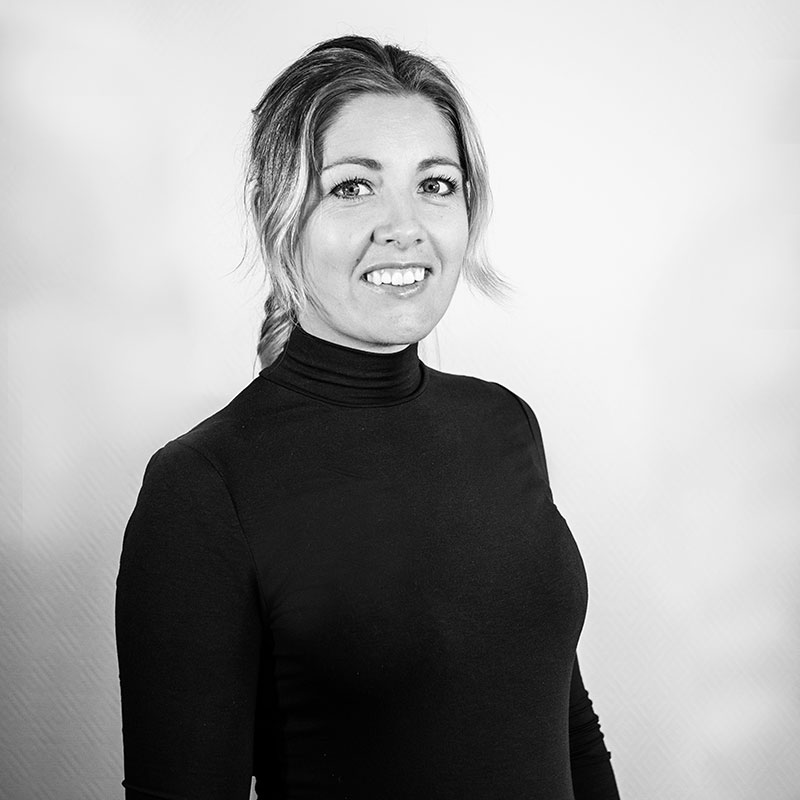 Mari Loewen - Marketing